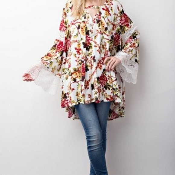 1df8ba314856fd Tops | Floral Tunic With Long Bell Sleeves Lace Accent | Poshmark